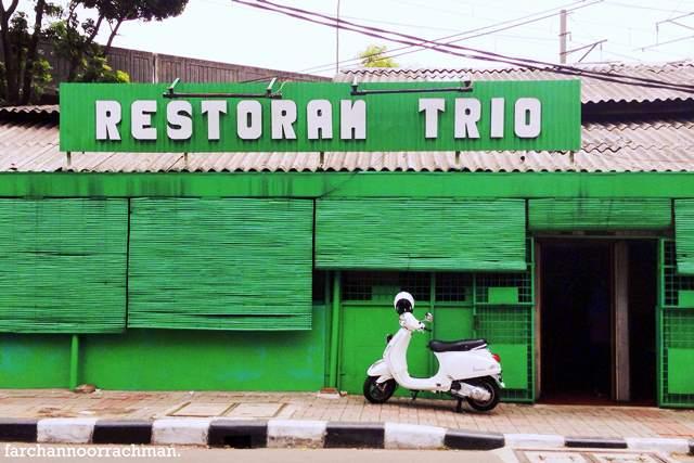 Hasil gambar untuk restoran trio