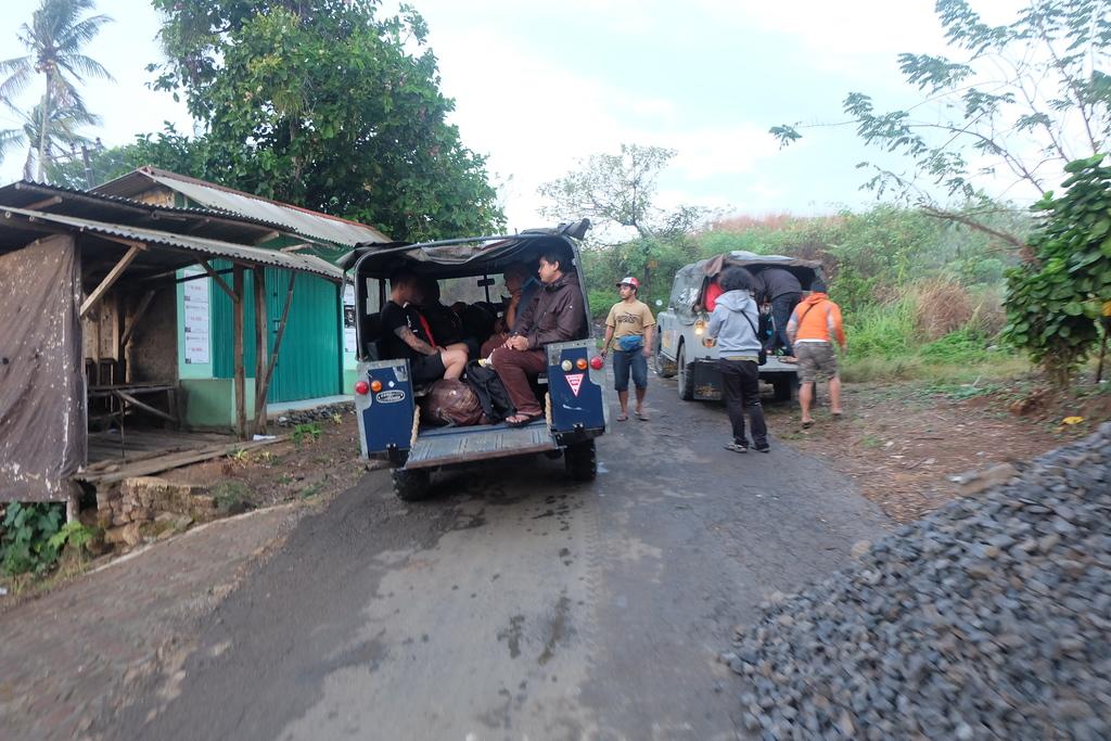 Menuju Ciletuh dengan Land Rover