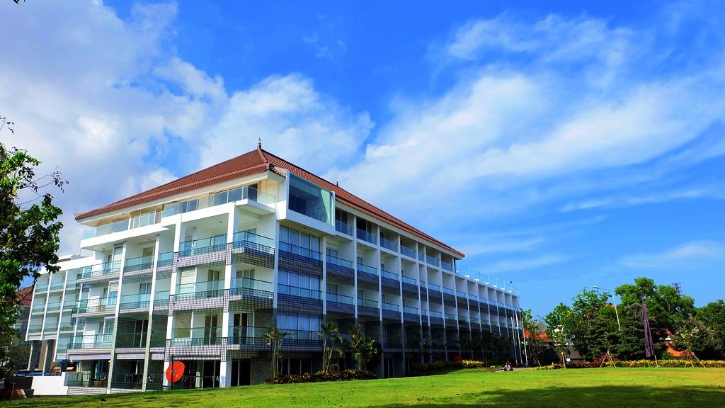 Pengalaman Menginap Di Akar Beach Resort