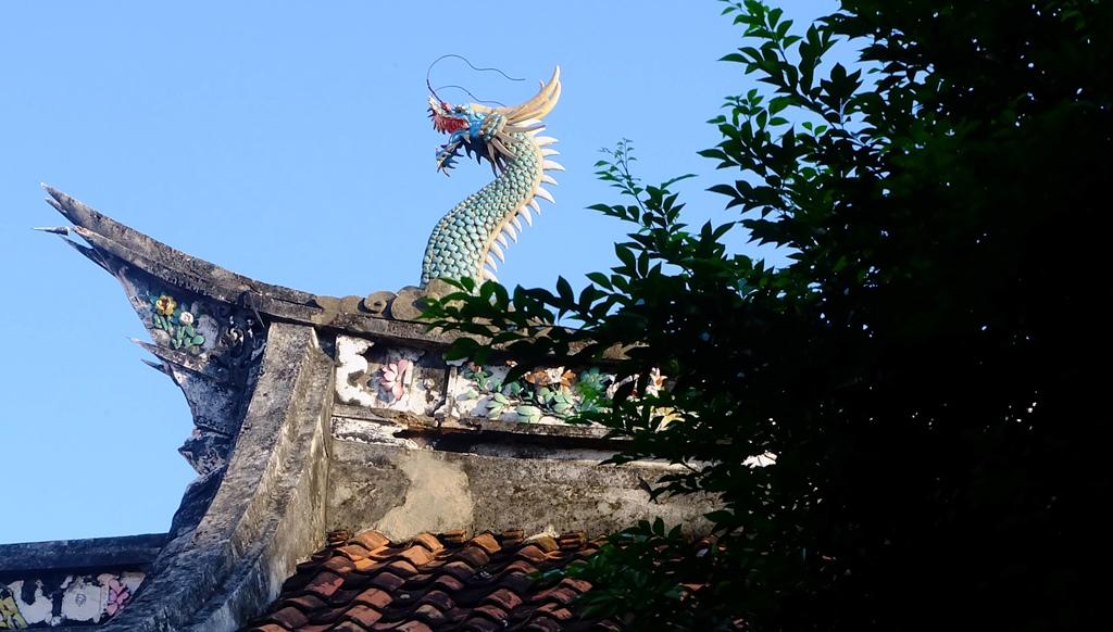 Ornamen pada Atap Kelenteng