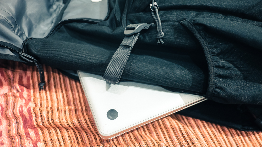 back load untuk laptop