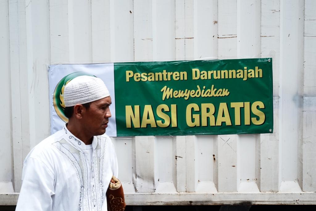 Fasilitas nasi gratis dari Pesantren Darunnajah